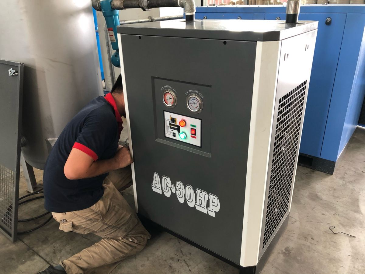 Service 30 HP AC Air Dryer AC-30HP