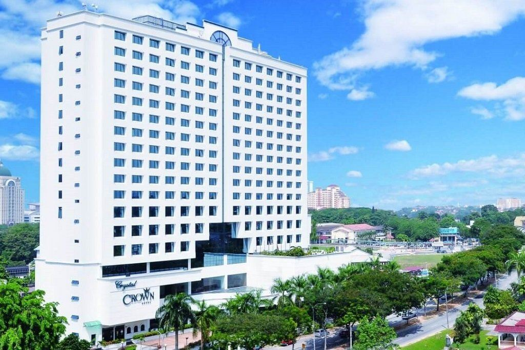 Hotels to see further drop in occupancy, delayed recovery due to CMCO