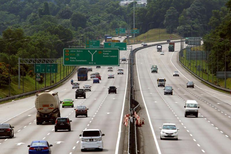 Health minister says interstate travel may happen by March 18 if Covid-19 numbers are low