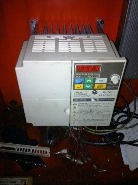 OMRON SYSDRIVE INVERTER 3G3MV 400V 3PHASE 3.7KW INSTALLATION KOTA KINABALU (KK) MALAYSIA
