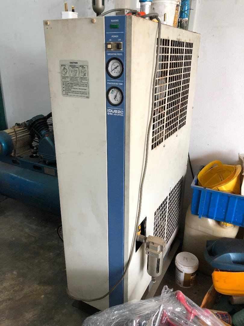 Special Offer 30 HP SMC Used Air Dryer c/w After Cooler IDU22C RM 2,300