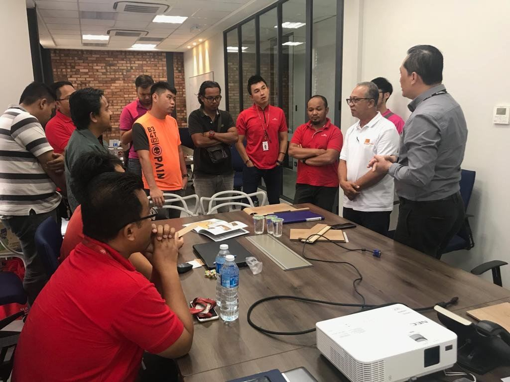 Technical Training with Sunsuria Staff