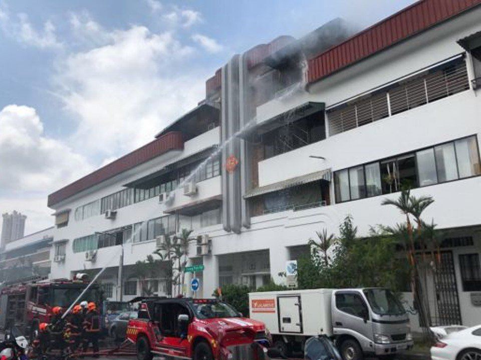 Fire Breaks Out at Tiong Poh Road Residential Unit