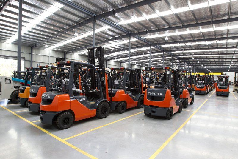 Reconditioned Forklifts Imported for Rental