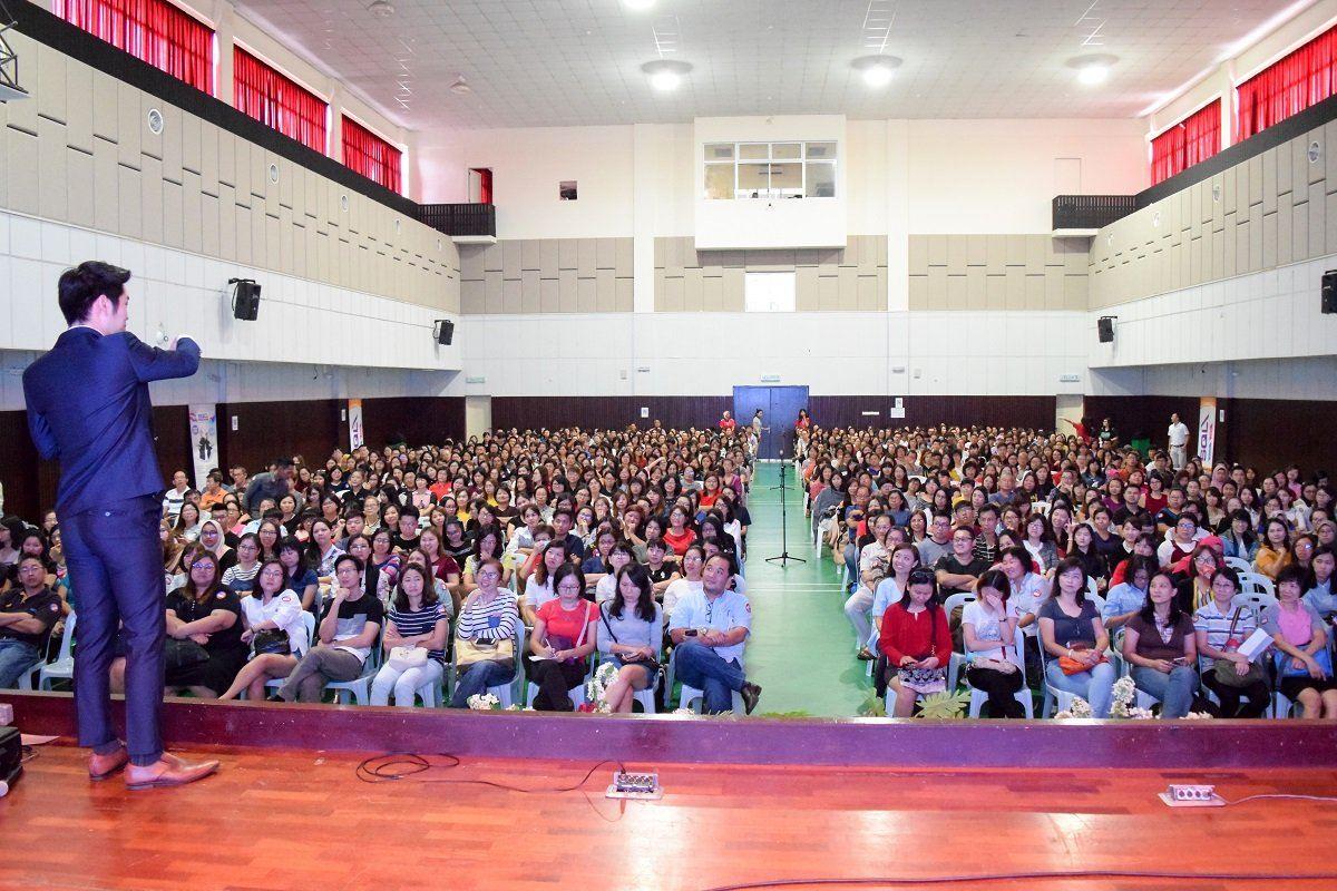 1500 Attended SQL Account GST 6% to 0% 2 Seminars in Johor Bahru