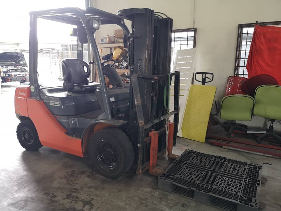 Used 2.5 Ton Forklift For Sale