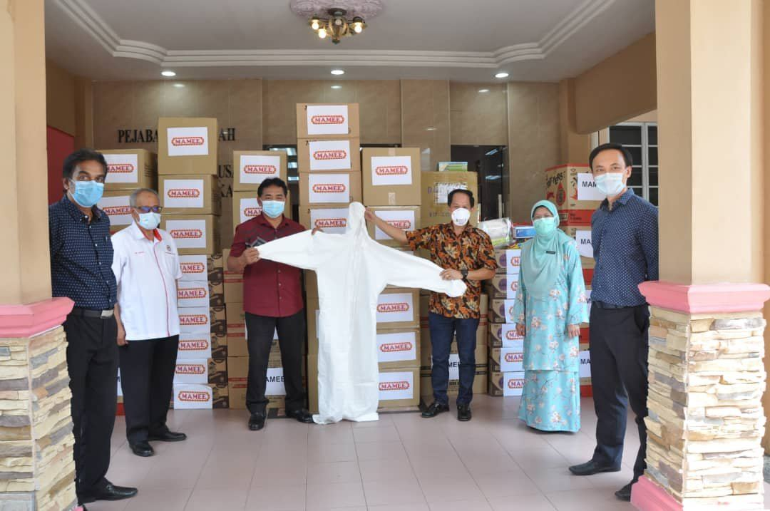 Collaboration with Mamee Donation of PPE Items to Hospital Melaka