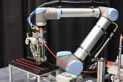 3M & Eckhart Announce Robot-based 3M Automated Taping System