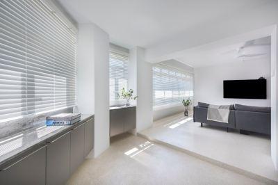 Microment Wall & Terrazzo Flooring