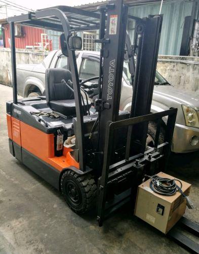 2.0 Ton TOYOTA Counter Balance 3-Wheeler Battery Forklift Truck