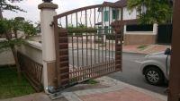 D'nor 212 Auto Gate, Aman Suria, Petaling Jaya, Selangor.