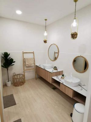 Supply To Jac & Ivy Nail Spa - Mirror , Towel Rack , Laundry Basket