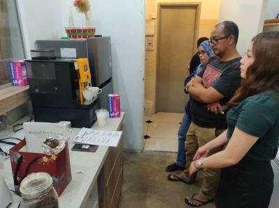 Coffee Machine Rental- Boutique Need Coffee