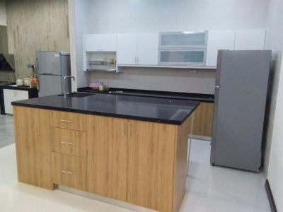 Kitchen & Cabinet