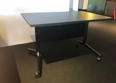 Folding discussion meeting and space saving table