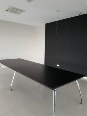 Meeting/Conference Table