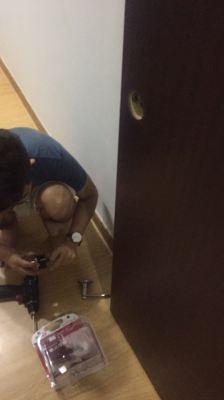 Door Lock repair and installation Job