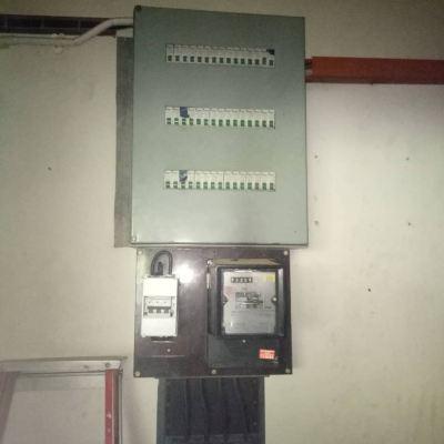 Repair damaged main switch at tmn duta houi