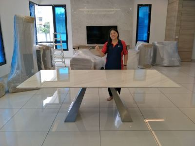 Modern_Dining_Table_Volakas_Marble