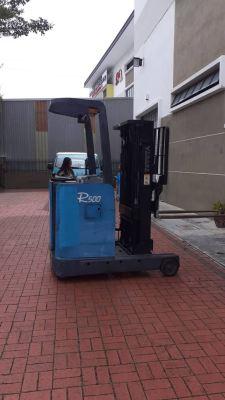 Toyota Battery/ Electric Reach Truck Rental at Selayang, Selangor Malaysia