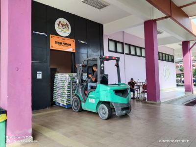 Mitsubishi Diesel Forklift Rental at Kajang, Selangor, Malaysia