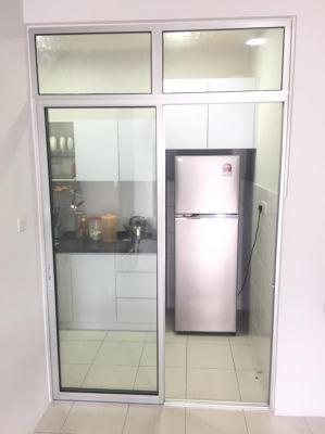 S. door p/c white + clear glass