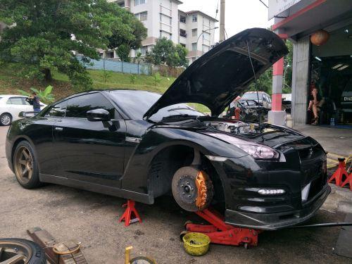 NISSAN SKYLINE GTR R35 ~ Knucke disc, Spacer Tyre, checking sound