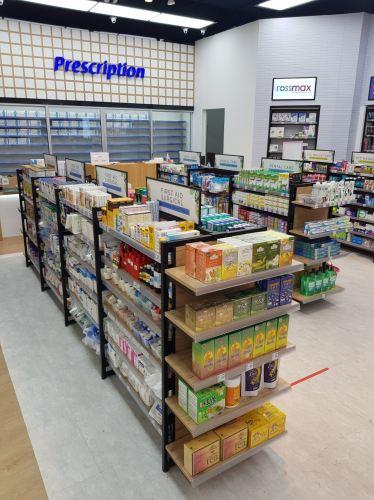 Pharmacy w/Oppa Rack