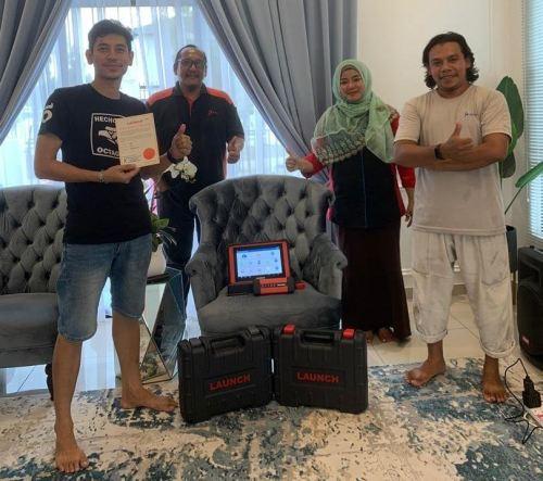 Mr Azim / Mr Amat (September 2020) - Puncak Alam, Selangor