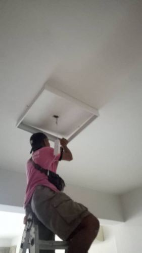 install ceiling light