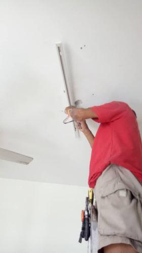 Install lighting at Solaris Dutamas