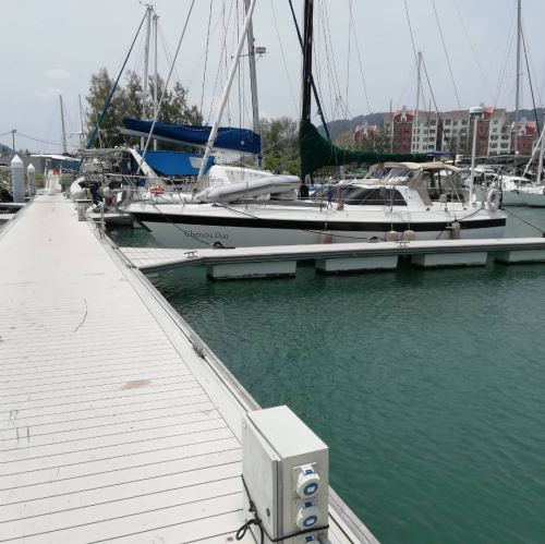 Troubleshooting and services maintenance job for luxury leisure boat at Marina Island Lumut
