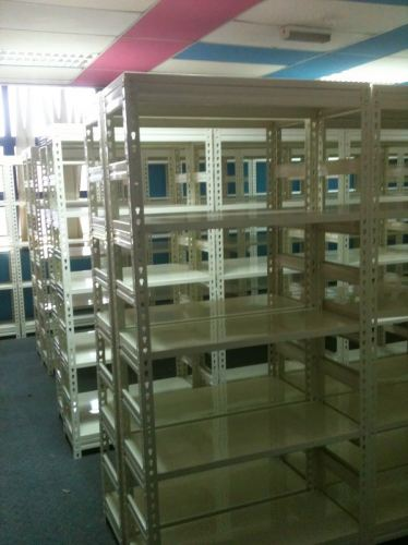 BOLTLESS METAL SHELVING 2