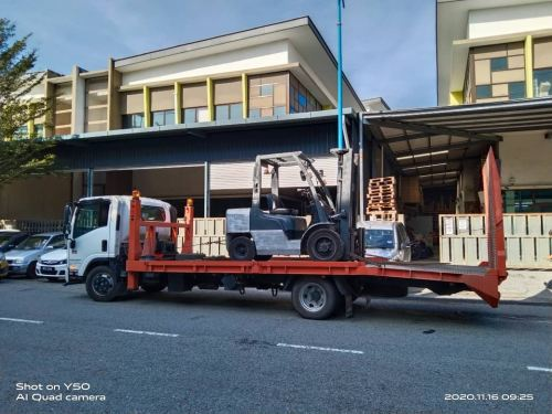 Nissan Diesel Forklift Rental at Batu Caves, Selangor Malaysia