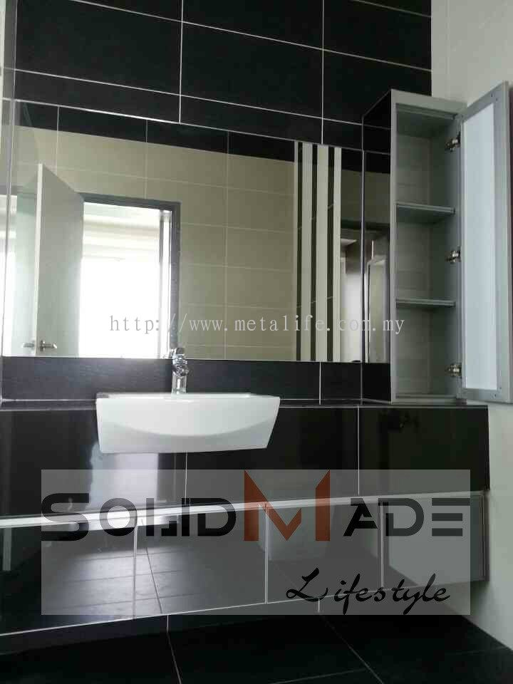 Johor aluminum washroom cabinet aluminum vanity top for Washroom cabinet
