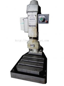 USED BROTHER TAPPING MACHINE (MODEL BTO-263)