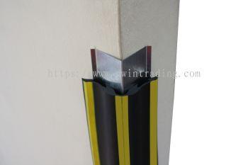 Steel Retainer Corner Guard