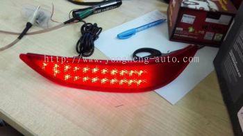 Rear reflector LED