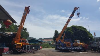 25t Rough terrain crane for rent in Johor bahru and pengerang