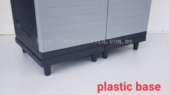 PLASTIC BASE