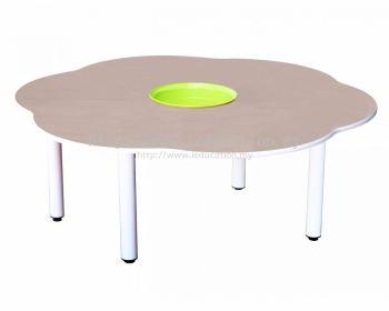 Q030 4'Flower Shaped Manipulatives Table