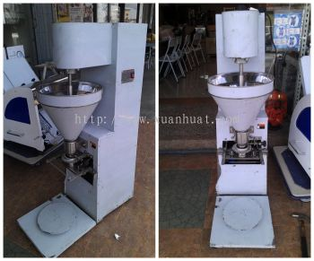 Fish Ball Produce Machine / Mesin Membuat Bola Ikan