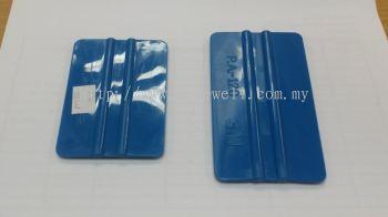 TL0047 Card with Bone Green or Blue