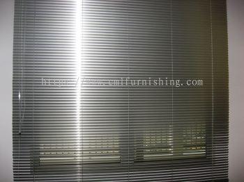 venetian-blinds  3