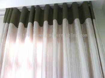 snake-curtain