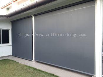 courtyard-outdoor-roller-blinds 2