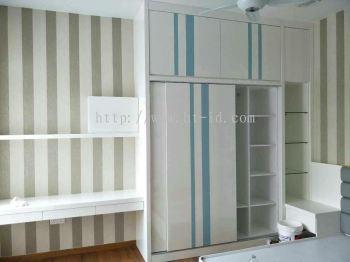 wardrope cabinet