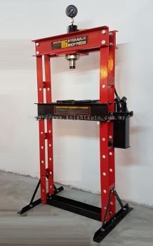 30ton Shop Press with Meter ID116581 / ID997249