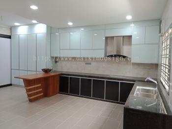 Kitchen cabinet 37