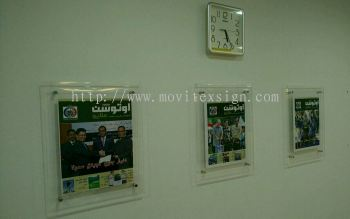 gallery postal frame made of arcylic / Sandwich type with 4pices silver spacer screw with Installation at site to give bring up  your gallery or showroom image